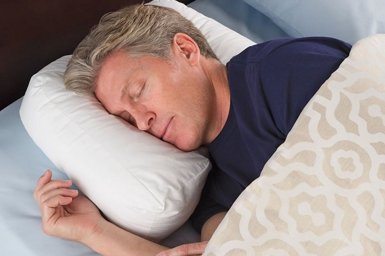 WHAT IS THE DIFFERENCE BETWEEN A SIDE SLEEPER PILLOW AND A BACK SLEEPER PILLOW?